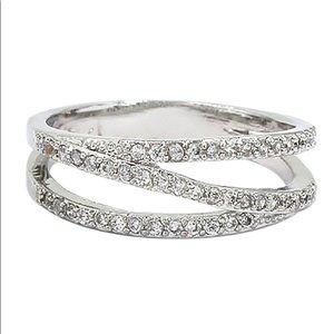 Flashing micro crystal silver ring